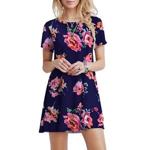 Dresses & Skirts - 🌺Floral T Shirt Dress